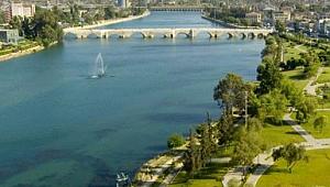 Adana yatırımda İstanbul'a alternatif oluyor