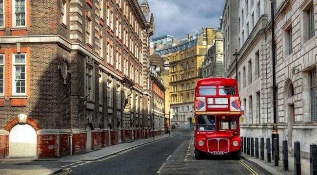 İngiltere'de konut fiyatları yerinde sayıyor