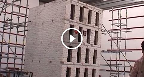 4 katlı bir binanın deprem testi
